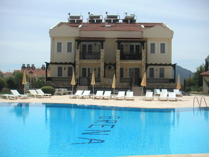 A0091 Immaculate 4 bedroom apartment in Ovacik