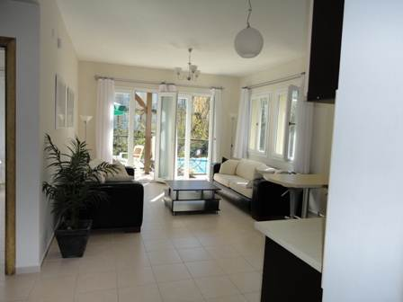 A0044 Immaculate 3 bedroom Duplex Apartment in Ovacik.